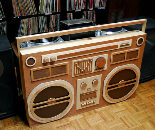 wooden-boombox-2