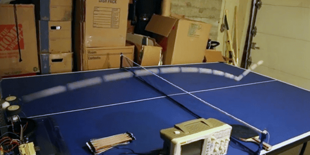 Arduino-Ping-Pong-Ball-Long-Exposure
