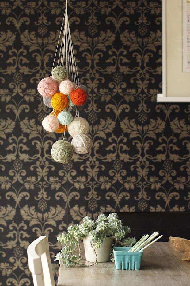 hgtv_yarn_chandelier_01
