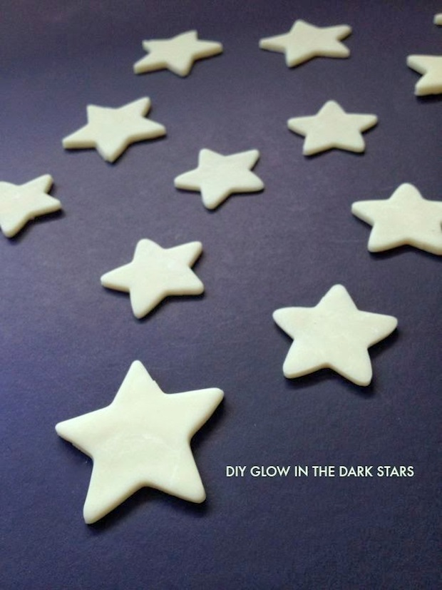 poppyhaus_DIY_glow-in-the-dark_stars