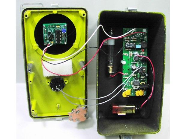 Godzilla Detector: A Retro Digital Geiger Counter