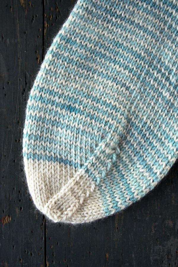 purlbee_striped_crew_socks_02