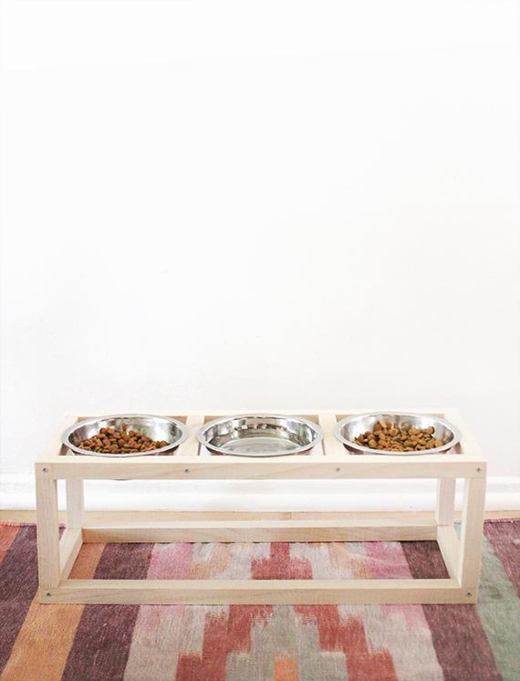 almostmakesperfect_modern_pet_bowl_stand_02