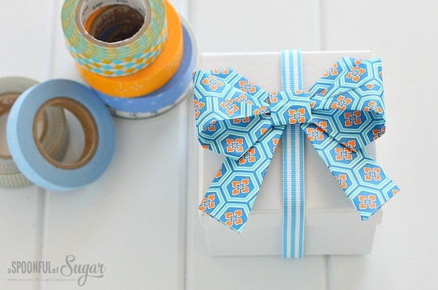 Gift Wrap Inspiration: Origami Bows