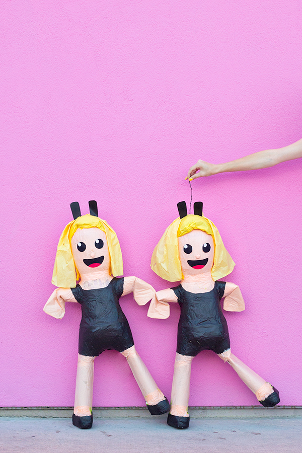 DIY-Dancing-Girls-Emoji-Pinatas-1