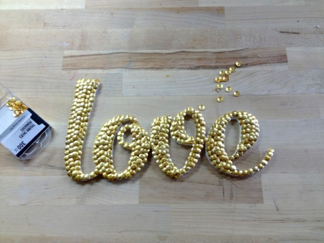 Dollar-Store-Crafts-How-to-Make-Word-Art11