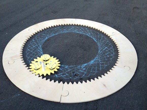 giant-spirograph-3