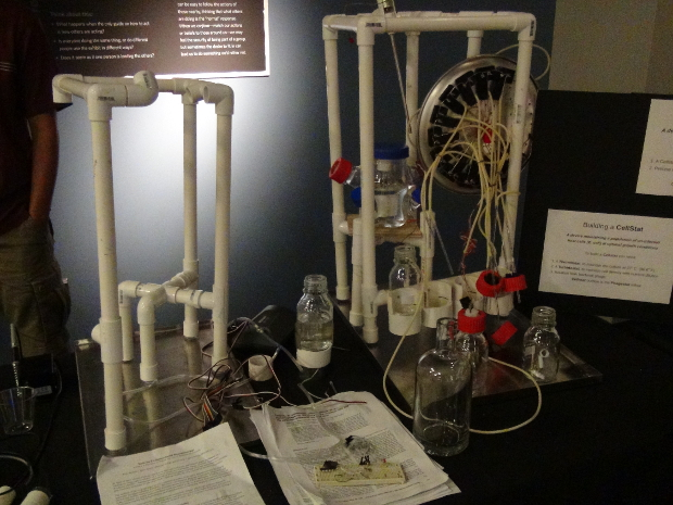 """Engineering with Evolution"" DNA Computation Apparatus (made from Scrap and Recycled Materials)"