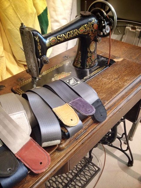 seatbelt-guitar-straps-1