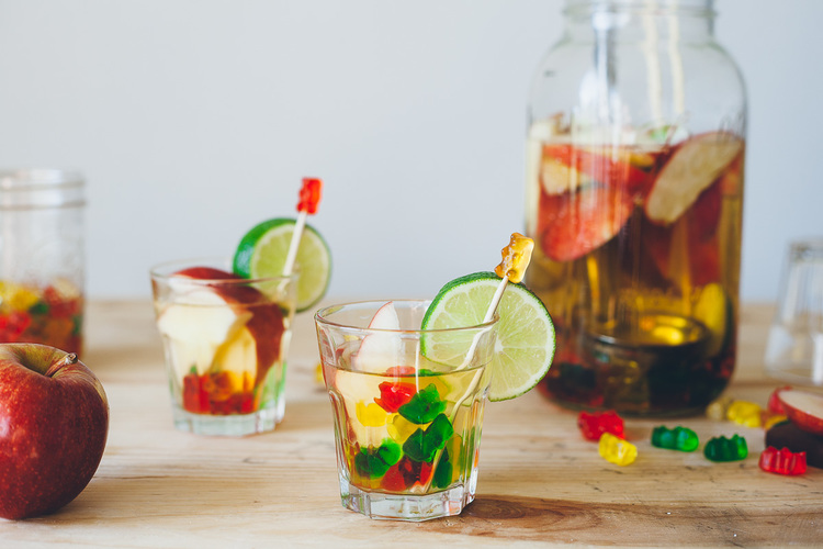 gummy-bear-sangria-1