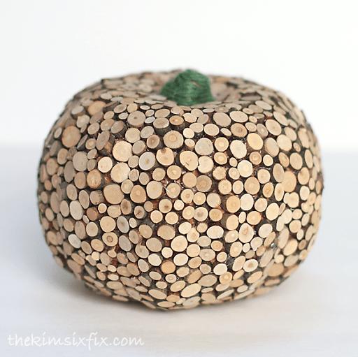 thekimsixfix_wood_slice_pumpkin_01