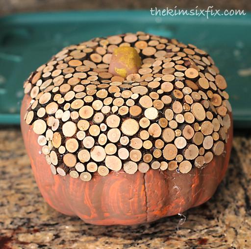 thekimsixfix_wood_slice_pumpkin_02
