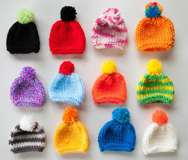 03_little_knitted_hats_flickr_roundup