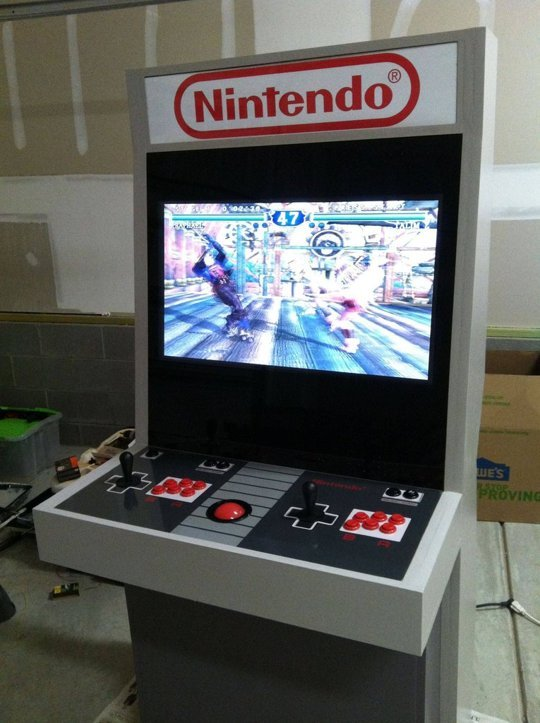 Mystery_smelly_feet's Nintendo Themed Arcade Cabinet- powered by MAME