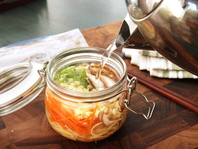 diy-instant-noodle-cups-1