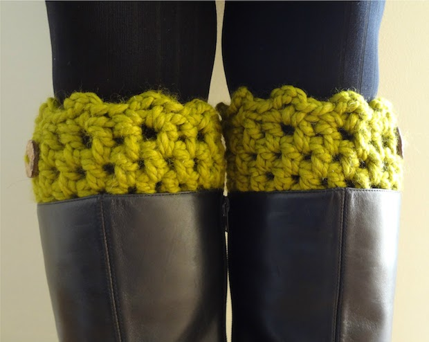 fiberflux_crocheted_boot_cuffs_02