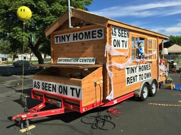 Tiny Homes - kit houses on wheels!