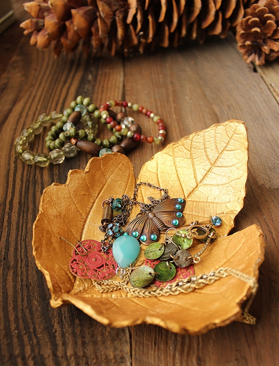doradaily_leaf-shaped_jewelry_dish_01