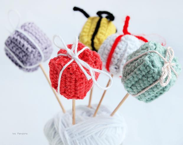 icepandora_crocheted_gift_boxes_01