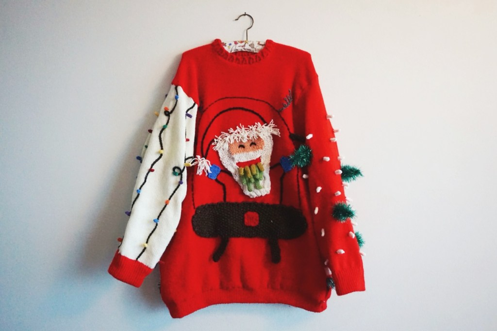 vomiting-santa-sweater-1