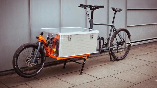 Finished DIY cargo bike with reused '90s Scott mountain bike frame.