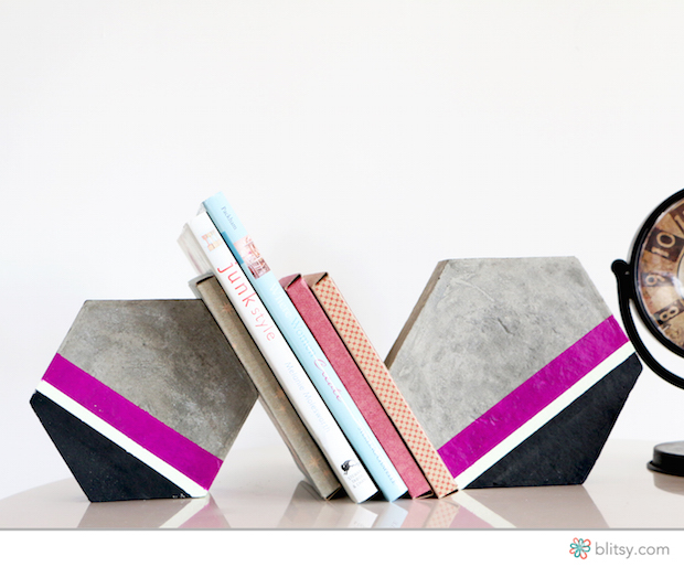 blitsy_hexagon_bookends_01