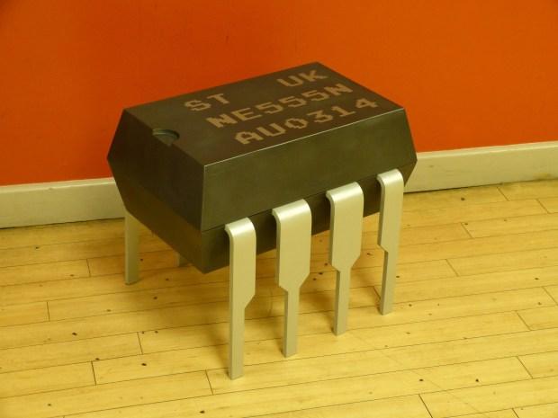 555-timer stool