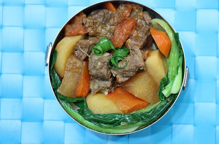 超下飯家常菜,紅燒牛腩快速食譜大公開 – 媽媽經 專屬於媽媽的網站