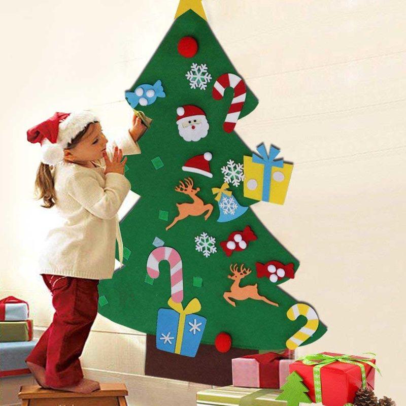 Continua la ricerca nella raccolta di istock di immagini. Albero Di Natale Per Bambini In Feltro Da Parete Con 26 Addobbi Natalizi 110cm