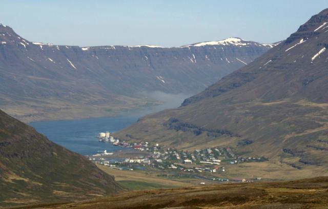 Myndaniðurstaða fyrir Seyðisfirði Fjörður heitt vatn