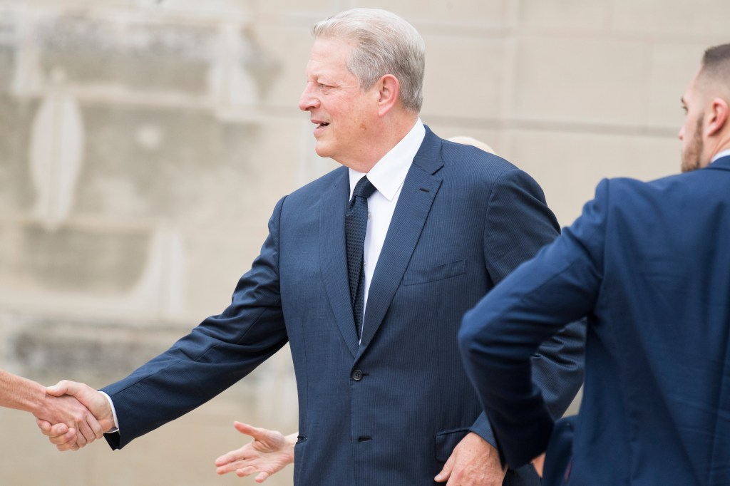 UNITED STATES - SEPTEMBER 1: Former Vice President A Gore arrives for the funeral of the late Sen. John McCain, R-Ariz., at the Washington National Cathedral on September 1, 2018. (Photo By Tom Williams/CQ Roll Call)