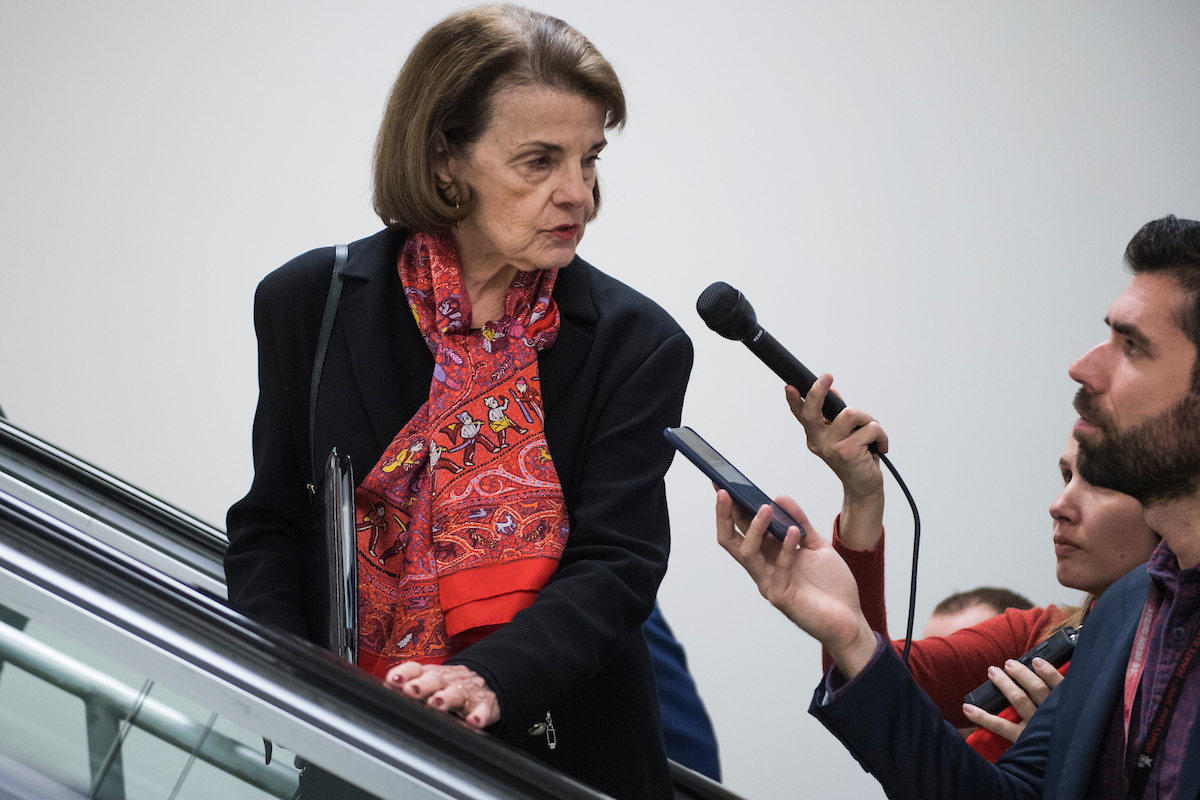 feinstein signals 2020 support for biden over harris roll call https www rollcall com 2019 01 03 feinstein signals 2020 support for biden over harris