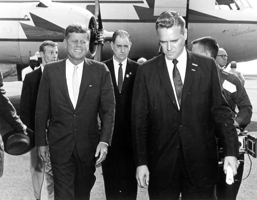 Hollings(r) John F. Kennedy (L) as Governor of South Carolina during the 1960 Presidential Campaign.