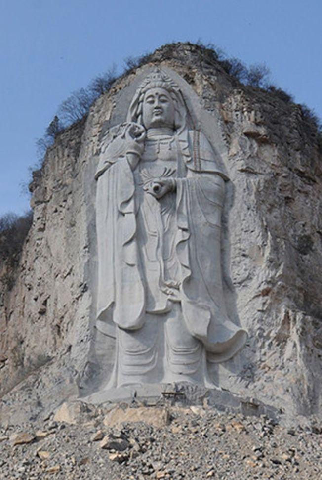 世界最高的摩崖石刻觀音像 因為這個原因被炸毀 - 世界新聞網