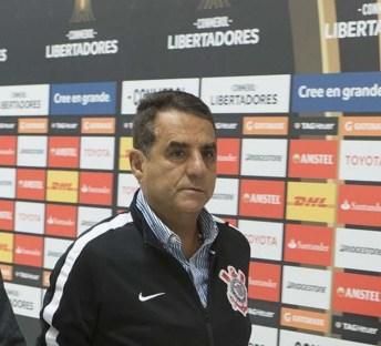 Diretor do Corinthians chama Paulo André de 'lixo' mais de uma vez ...