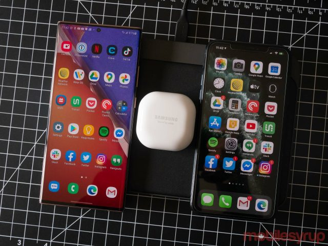 Nomad Base Station Pro charging Note 20 Ultra, Galaxy Buds Live and iPhone 11 Pro Max