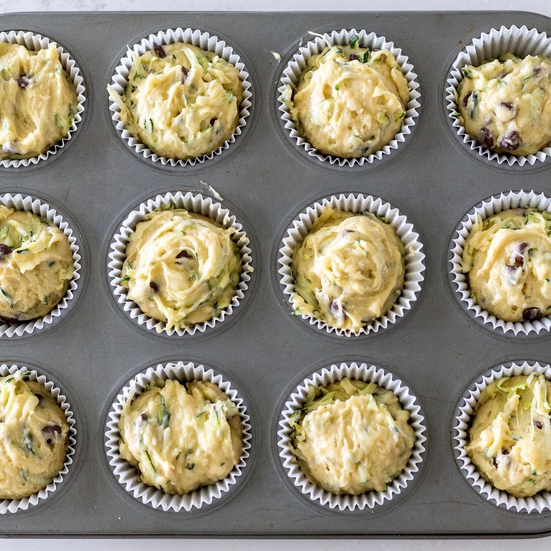 raw zucchini chocolate chip muffins