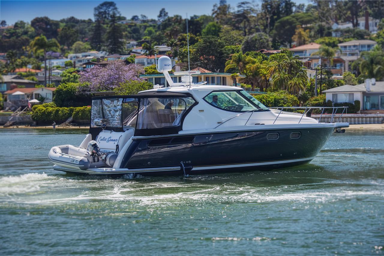2008 Used Tiara 3900 Sovran Motor Yacht For Sale