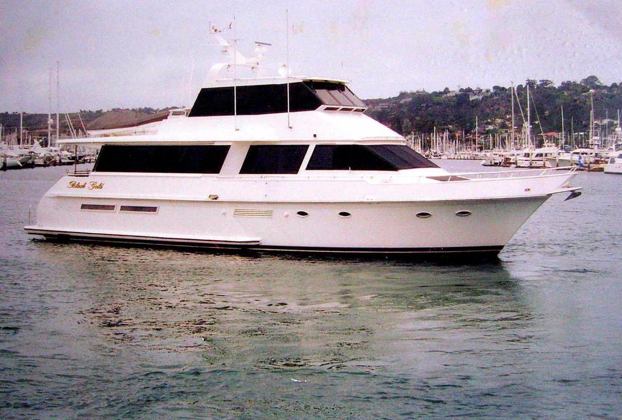 1989 Used Viking Cockpit Cruiser Motor Yacht For Sale