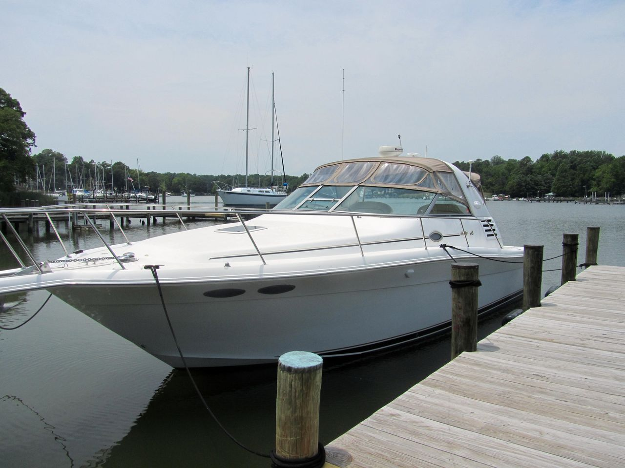 1999 Used Sea Ray 330 Express Cruiser Boat For Sale