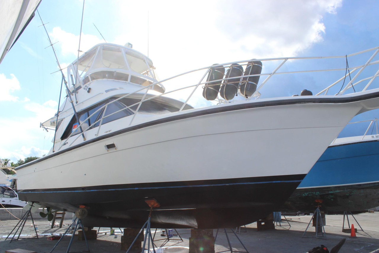 1991 Used Phoenix 38 SFX Convertible Fishing Boat For Sale