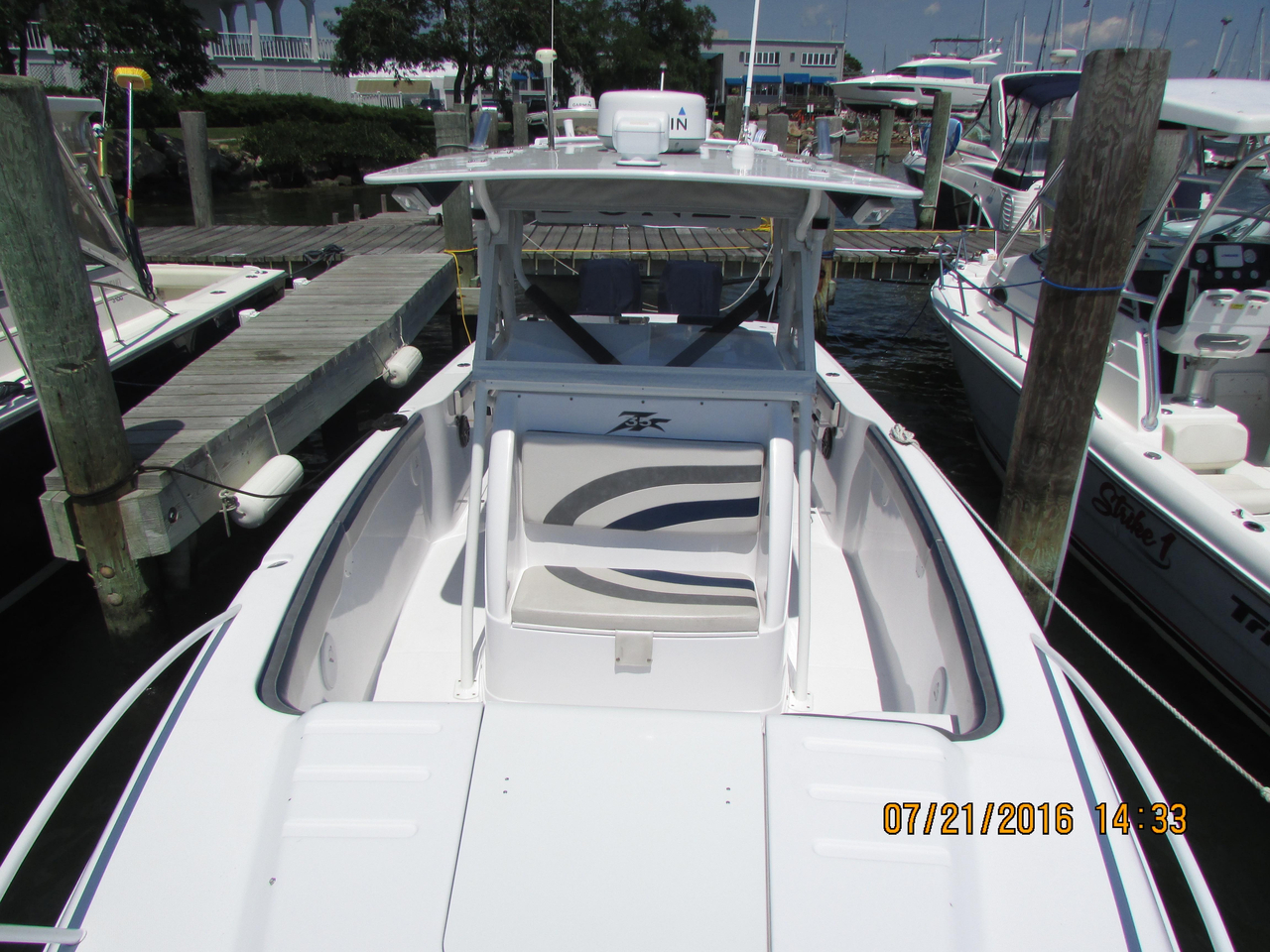 2003 Used Donzi 35ZF Center Console Fishing Boat For Sale