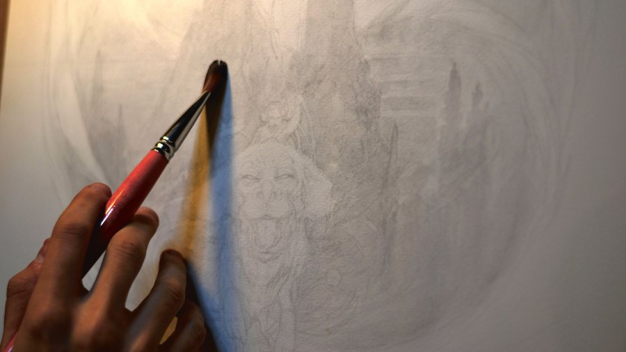 How to draw with mixed media: establish an atmosphere