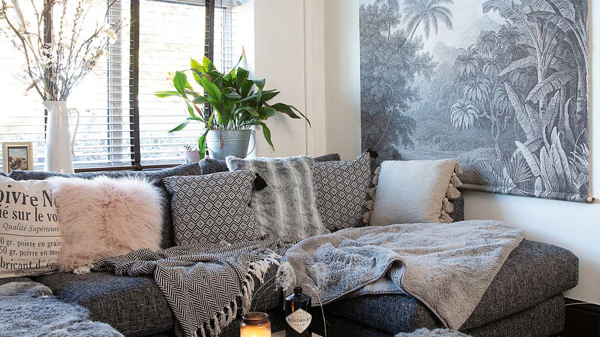 17 Gorgeous Grey Living Room Ideas