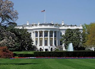 Famous buildings: The White House in Washington