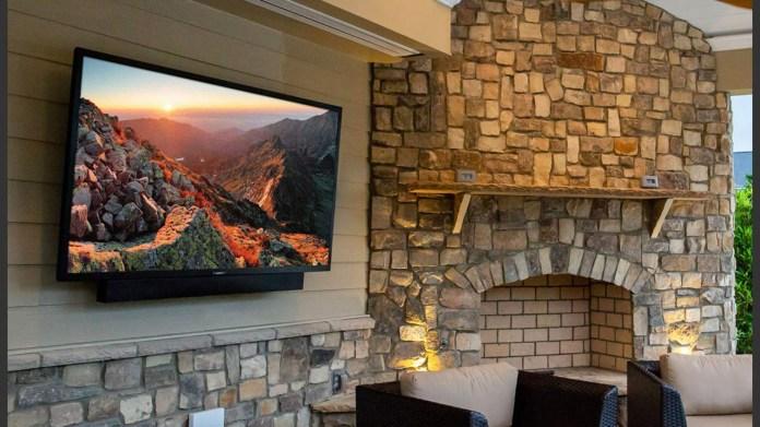 SunBrite TV 55-inch Veranda Outdoor TV