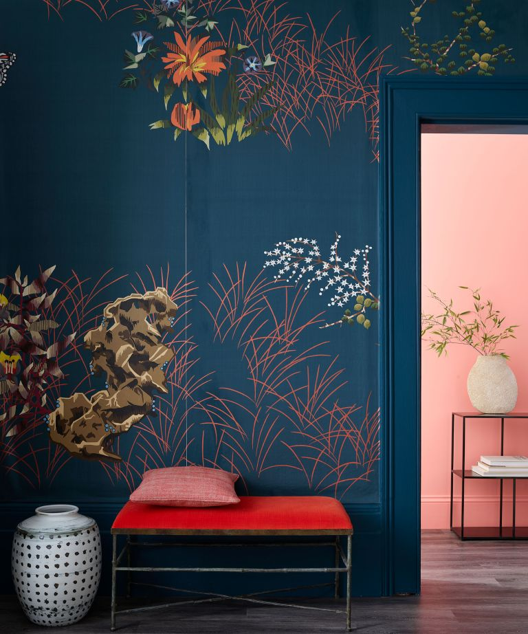 Wallpaper-ideas-for-every-room-hallway