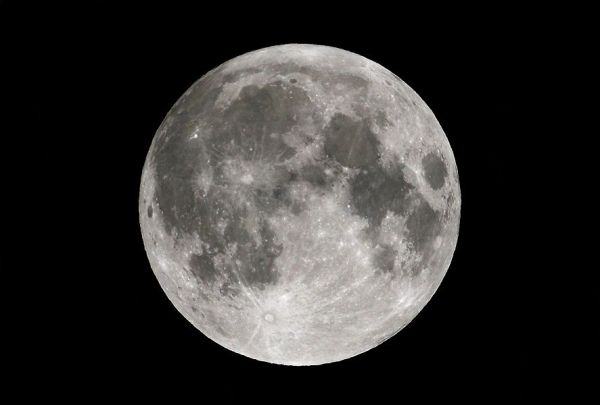 Moon Photography Tips from Astrophotographers: A Visual ...