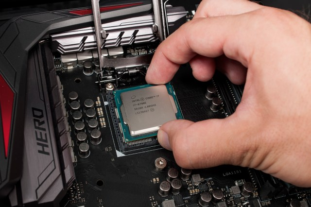 66c1038ceed3dba481b488bb91a28b7e Some overclocking benchmarks of Intels upcoming Core i7 7740X