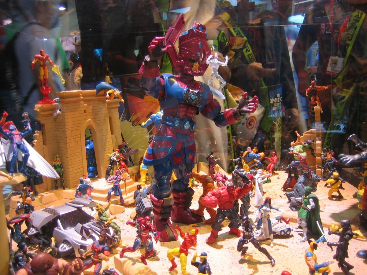 Stunning Marvel Diorama Looks Like That Awesome Scene You Could Never Make With Your Own Toys